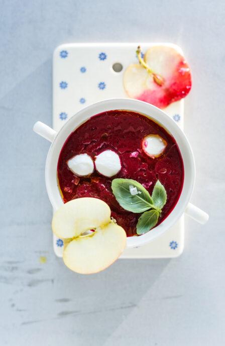 Betteraves en soupe tiède aux pommes_Automne_Recette